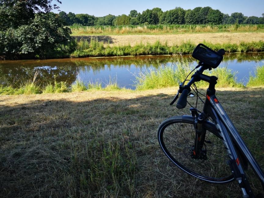 Die Hitze, der Fluss und die alteTante